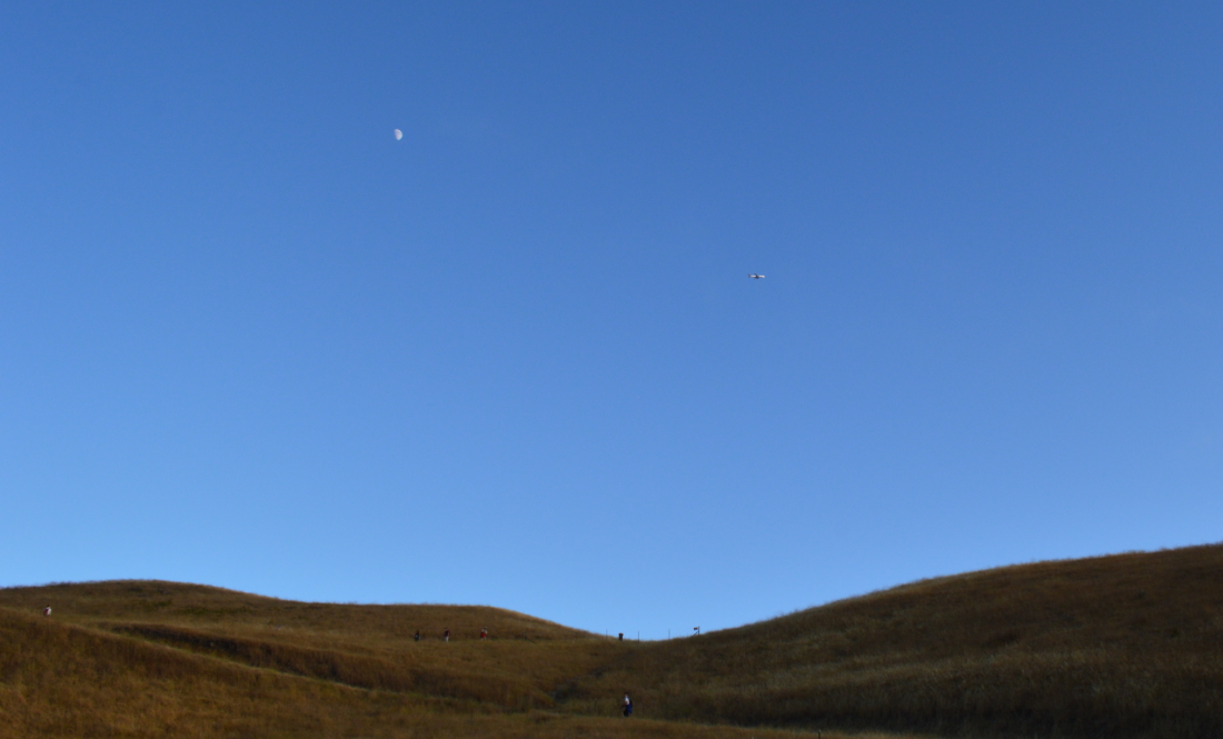 mission peak sunset_moon_plane